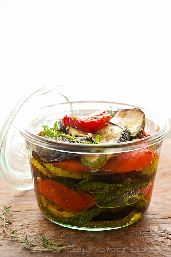 eggplant zucchini and tomatoes in jar Marinated Roasted Eggplant, Zucchini and Tomatoes with Garlic and Thyme | Preserving Summer