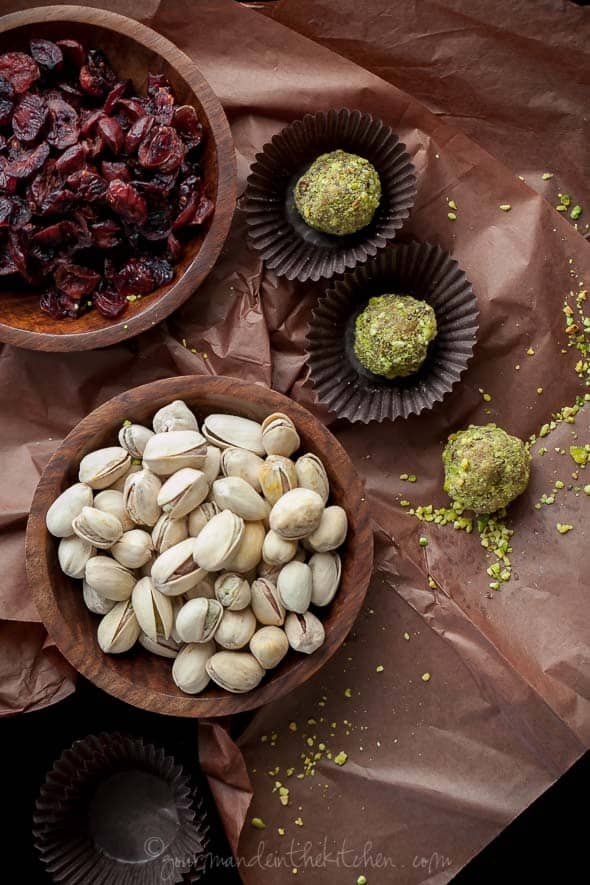 fruit and nut truffles, fruit and nut balls, pistachio cranberry balls, sugar plums