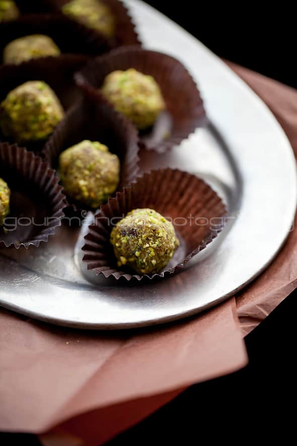Pistachio Cranberry Orange Sugar Plums 3 Orange, Cranberry, Pistachio Fruit and Nut Truffles | Visions of Sugar Plums
