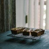 banana cakes thumbnail
