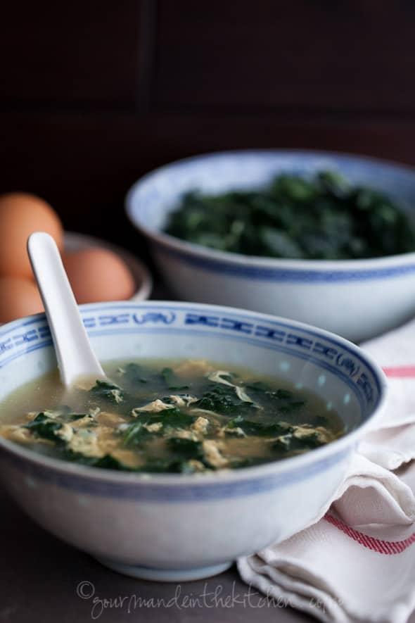 kale soup, egg soup, straccitella, egg drop soup, aigo boulido, soup recipe