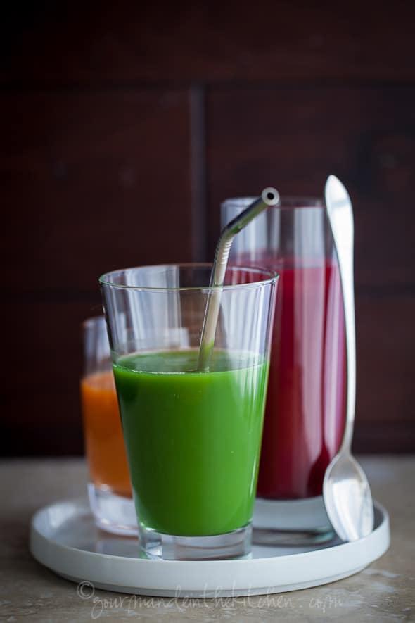 carrot juice, beet juice, green juice