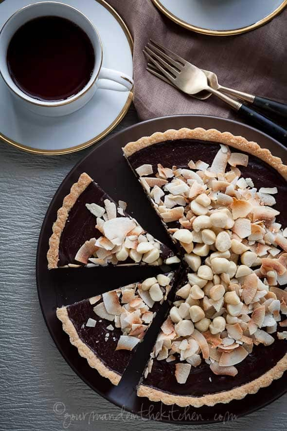 chocolate, coconut, macadamia nut, tart, gluten free, paleo, vegan