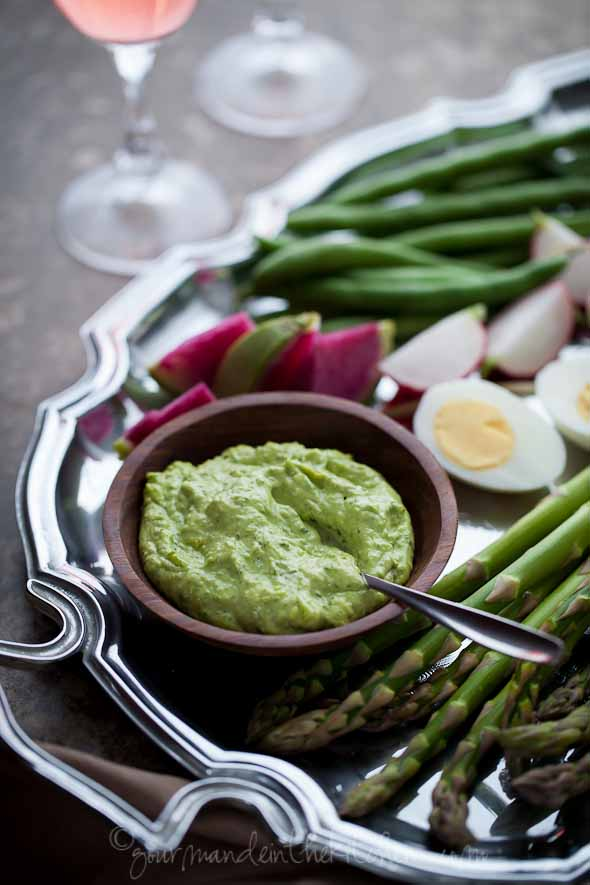 paleo, recipe, Herb Aioli with Vegetables and Hard Boiled Eggs, vegetables, aioli, asparagus, green beans, garlic, radishes, eggs, brunch