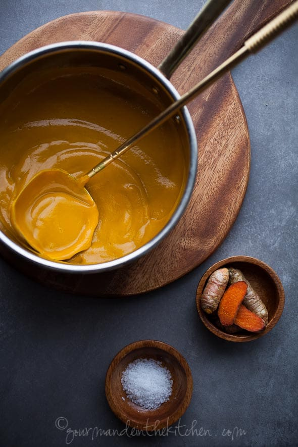 ginger carrot soup recipe, turmeric, ginger, carrots, carrot soup, paleo, vegan