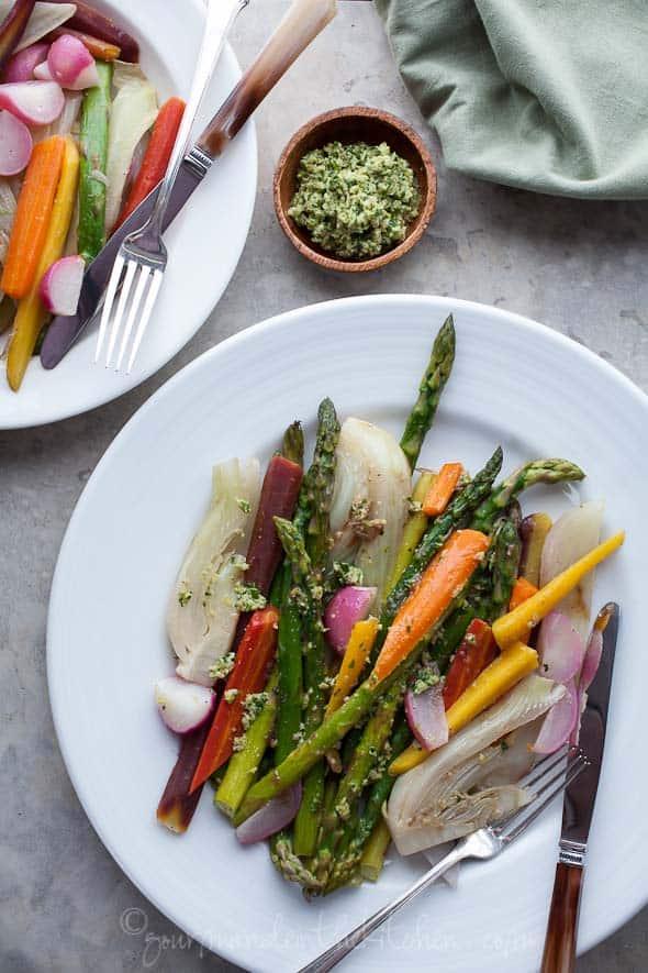 glazed vegetables, braised vegetables, vegetable side dish, paleo vegetable side dish, vegetarian dish, easy vegetable recipe, galzed carrots, braised carrots
