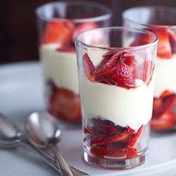 strawberry lemon parfait, strawberry parfait, lemon cream parfait, strawberry coconut parfait