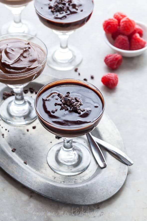 raw chocolate mousse, paleo chocolate mousse, vegan chocolate mousse, easy chocolate mousse