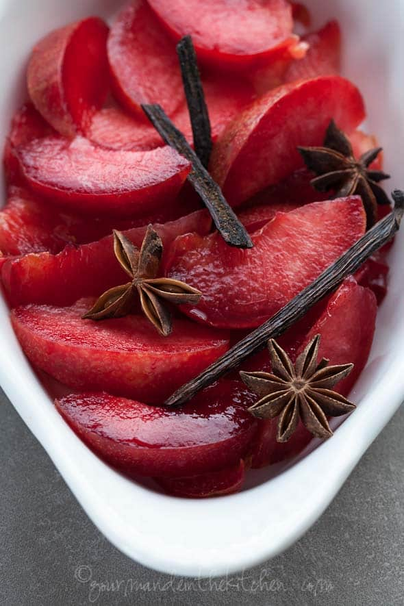 roaste plums, spiced plums, maple roasted plums, roasted fruit