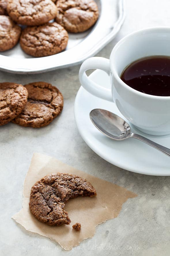 ginger cookie, molasses cookie, ginger molasses cookie, palo ginger cookie, paleo molasses cookie, gluten-free cookie