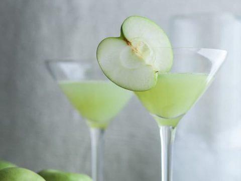 sour apple ginger martini