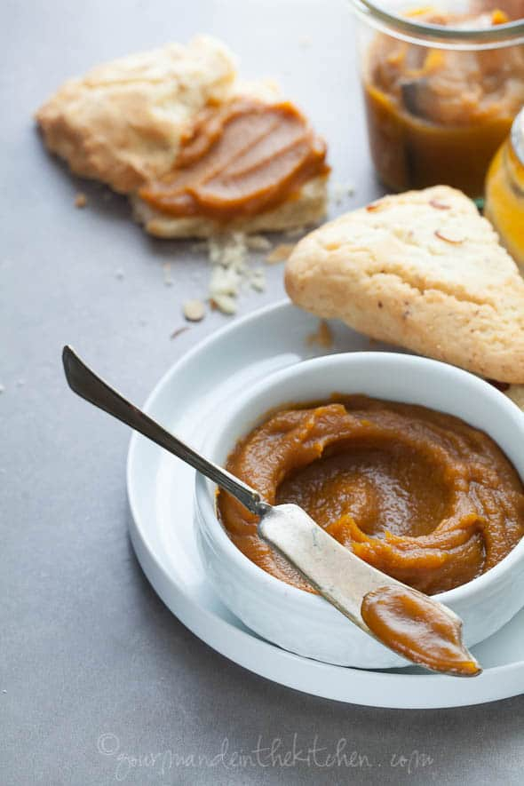 pumpkin butter with scones
