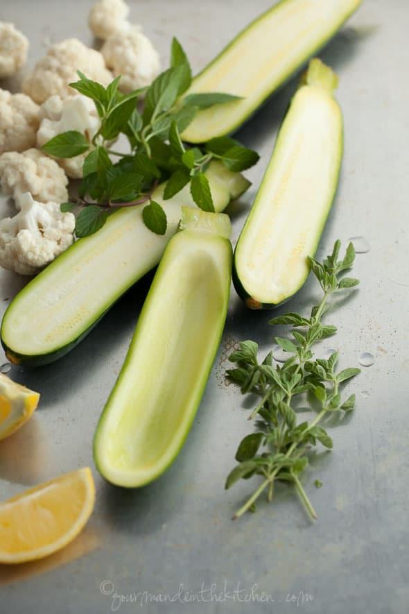 stuffed zucchini, paleo stuffed zucchini, raw stuffed zucchini, vegan stuffed zucchini