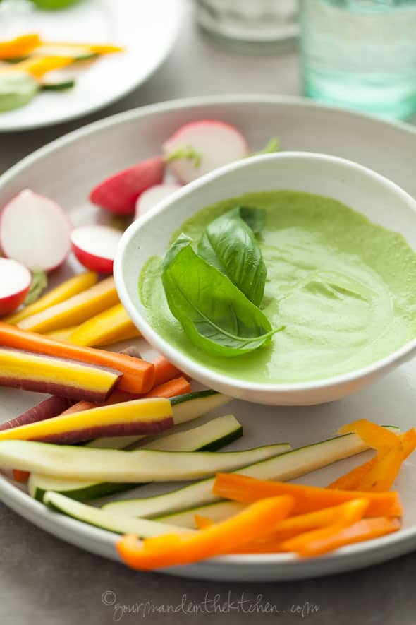 creamy basil parsley dip. basil dip. parsley dip, herb dip, vegan dip, paleo dip, sumer dip, healthy dip, dip recipe