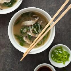 miso soup, vegan miso soup, spinach miso soup, eggplant noodles