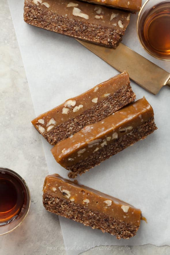 coconut caramel, caramel pecan bars, coconut bars, paleo pecan bars, pecan pie bars, raw pecan pie bars