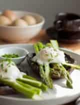 Portobello Mushroom Eggs Benedict with Asparagus