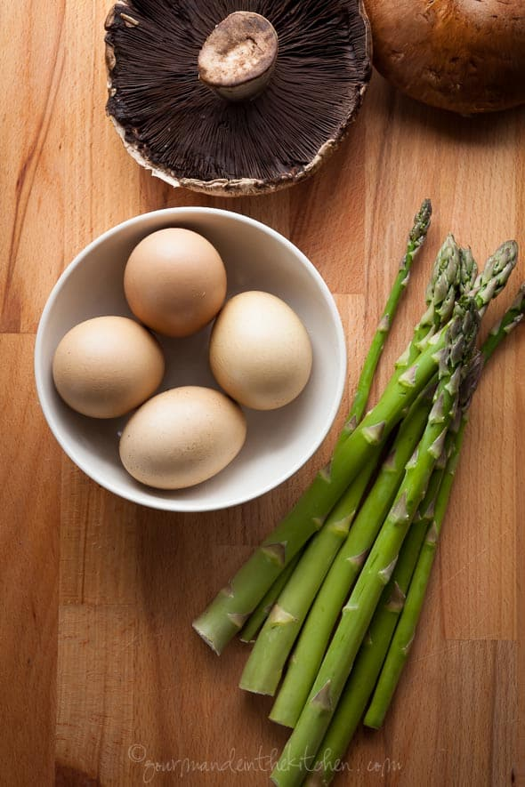 Ingredients for Eggs Benedict with Asparagus on Portobello Mushrooms with Goat Cheese Sauce
