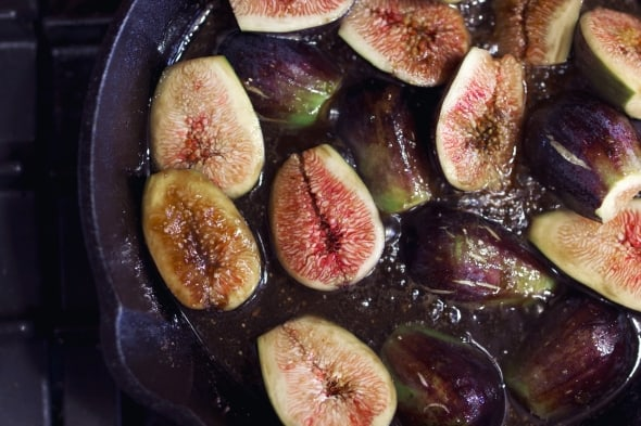 Caramelized Figs in Pan