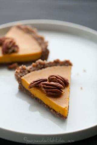 Carrot Ginger Tart (Raw, Vegan, Paleo)