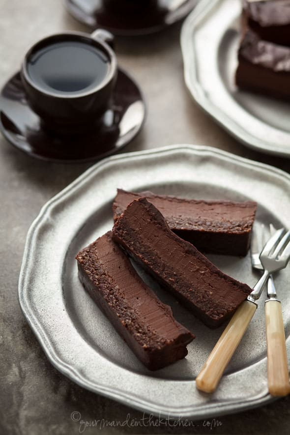 Chocolate Peppermint Silk Brownie Bars (Grain-Free, Vegan ...