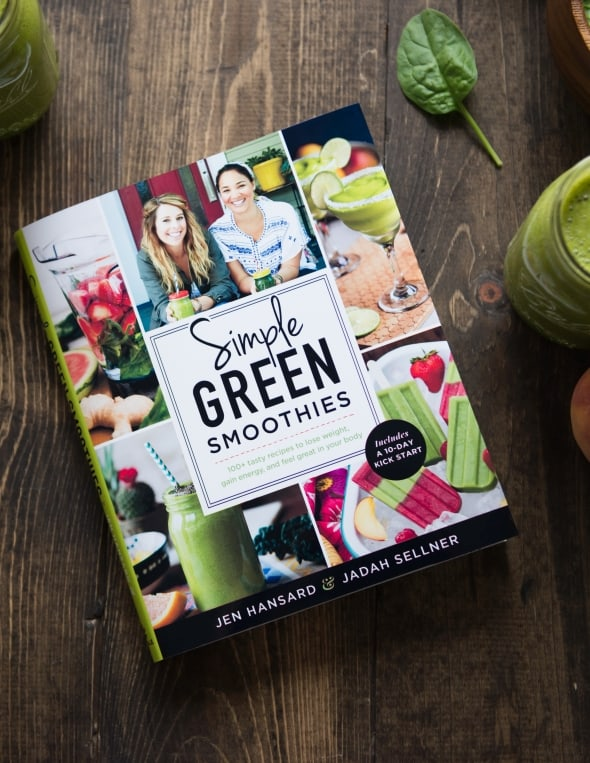 The Simple Green Smoothie Cookbook is finally out!