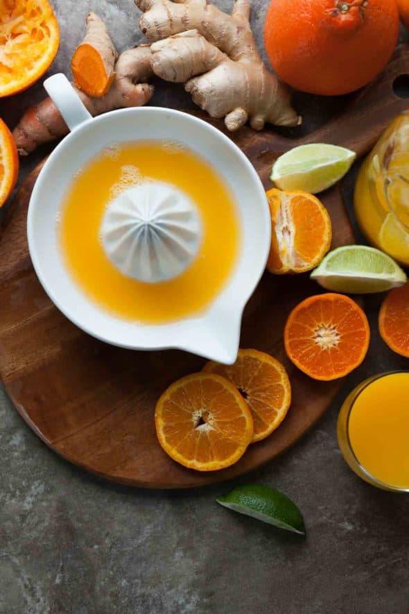 Tangerine Turmeric Tonic Juice in Juicer