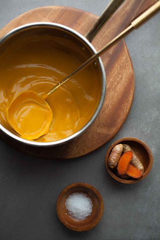 Ginger, Turmeric Spiced Carrot Soup