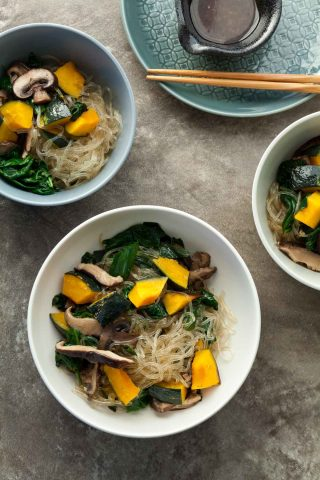 Kelp Noodle Vegetable Japchae (Paleo, Vegan) - Healthy and easy kelp noodles with a medley of mushrooms and vegetables and a savory-sweet sauce.