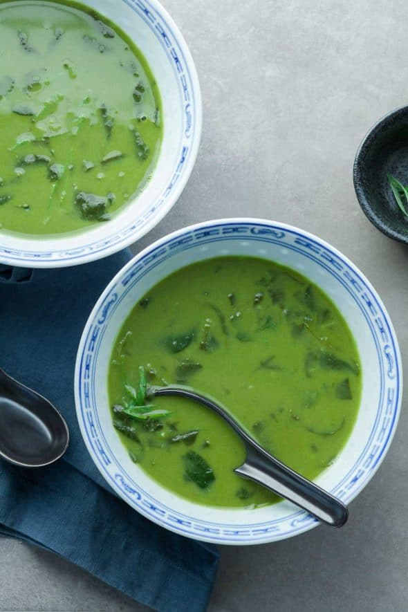 Thai Green Curry Spinach Soup - A velvety green, quick and comforting spinach soup filled with vibrant Thai flavors.