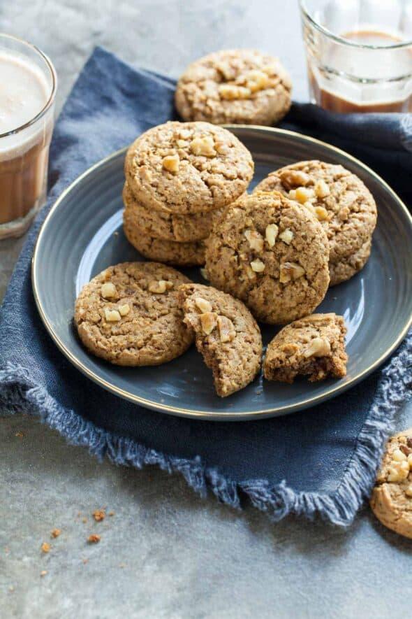 Flourless Walnut Cardamom Cookies (Paleo)