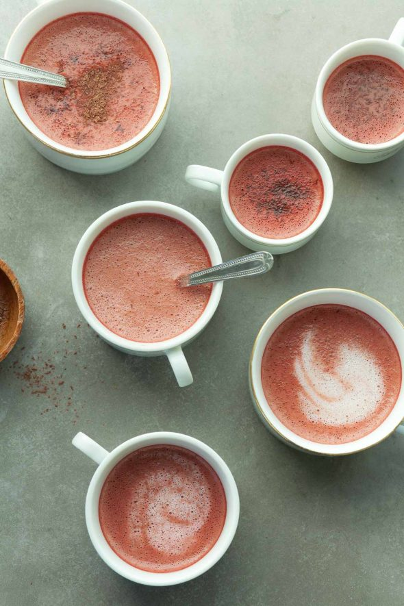 Red Velvet Tea Latte (Vegan) - This naturally colorful red velvet latte is creamy and warming with a mild, fruity chocolate flavor. #latte #redvelvet #chocolate #winterrecipes #vegan