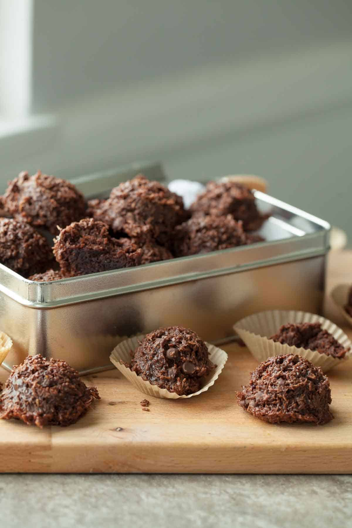 Fudgy Vegan Chocolate Coconut Macaroons Paleo