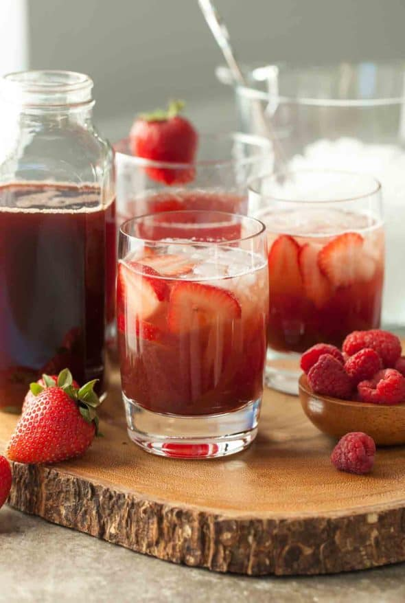 Hibiscus Berry Shrub in Glasses with Fruit