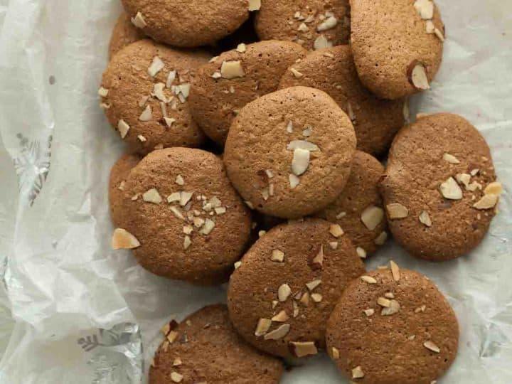 Gluten-Free Crunchy Almond Cookies aka Amaretti Thins  (Paleo)