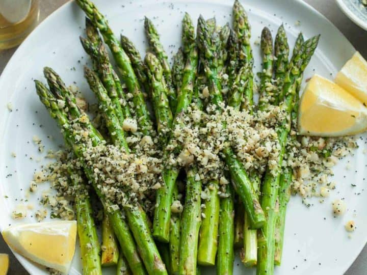 Grilled Asparagus with Poppy Seeds